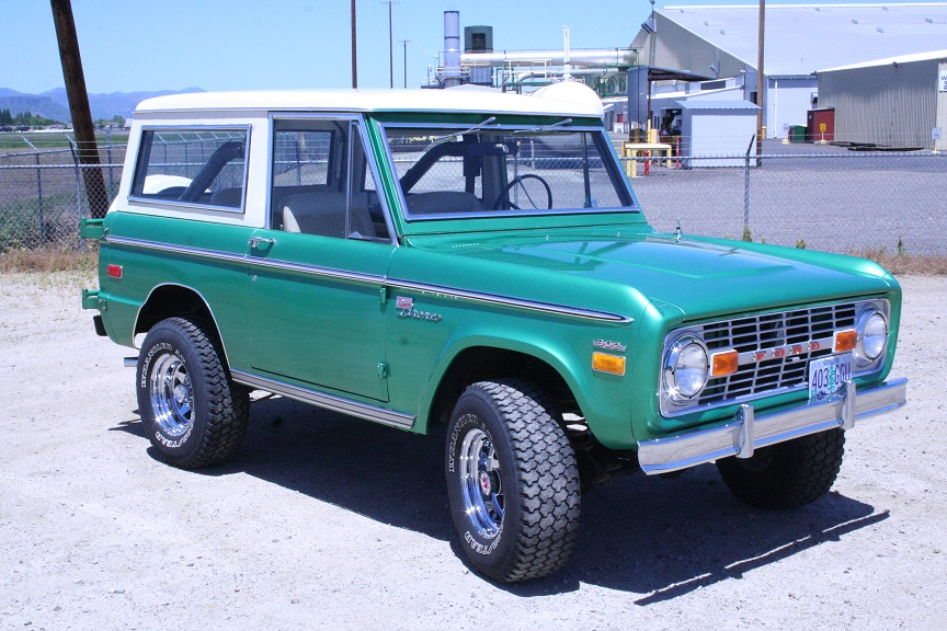 Tom's Bronco Parts Photo Gallery of 66-77 Ford Broncos
